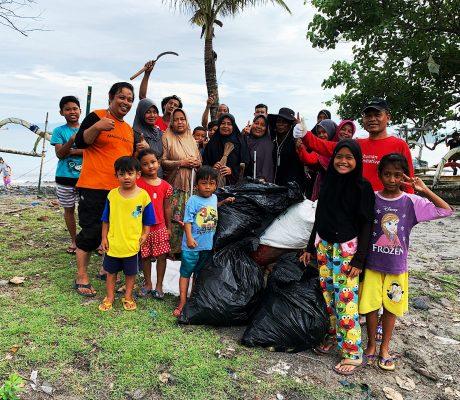 Beach Clean Up - March 2020